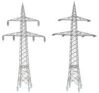 2 Freileitungsmasten (110 kV)